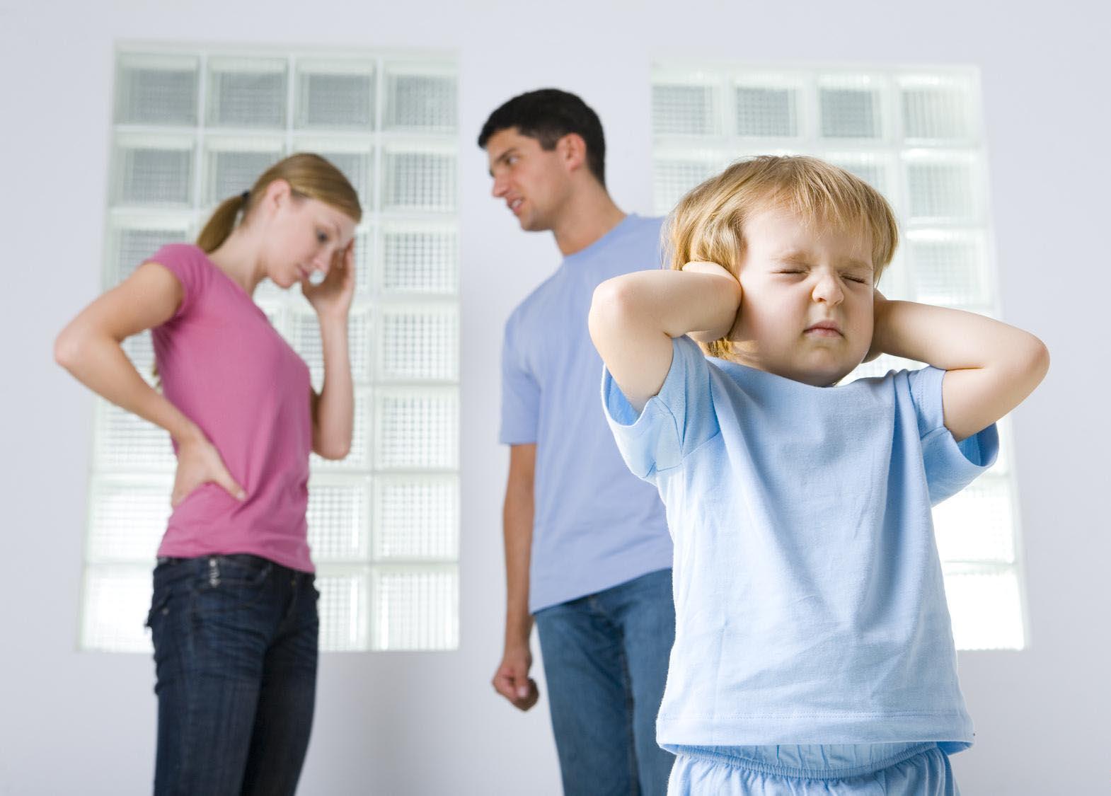 В России может появится норма об изъятии родителя из семьи